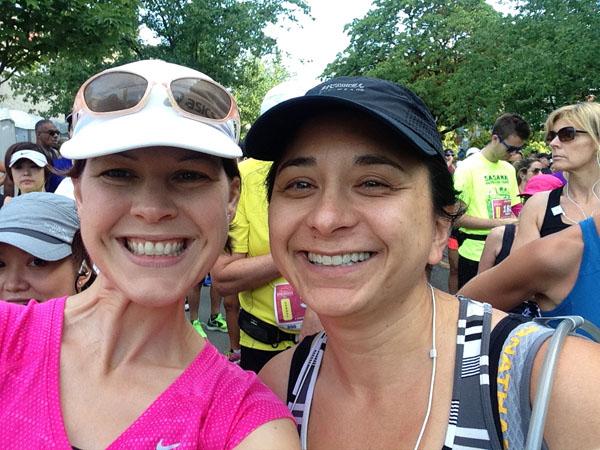 Pre-run smiles with Joy from Healthy Beacon